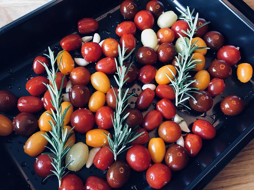 Cherrytomaten mit Knoblauch