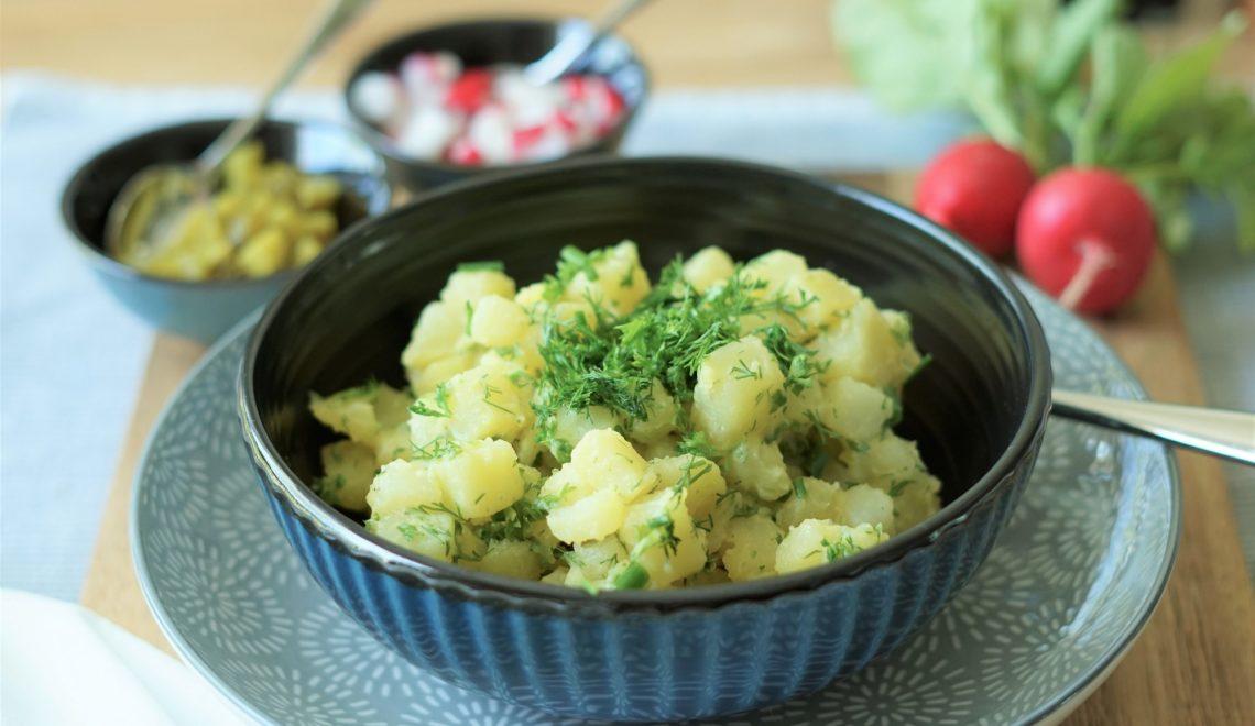 Feiner Kartoffelsalat mit frischen Kräutern